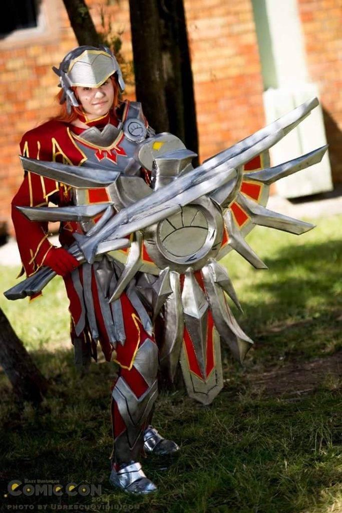 Curelea Ștefania Iron Solari Leona (League of Legends)