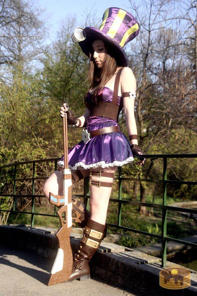 Cosplay Profile - Sabina Spanache