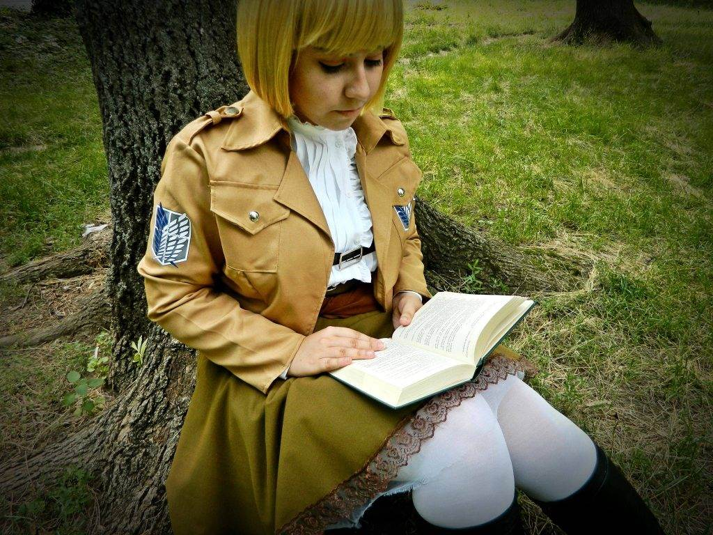 Cosplay Profile - Lucia Tudor (4)