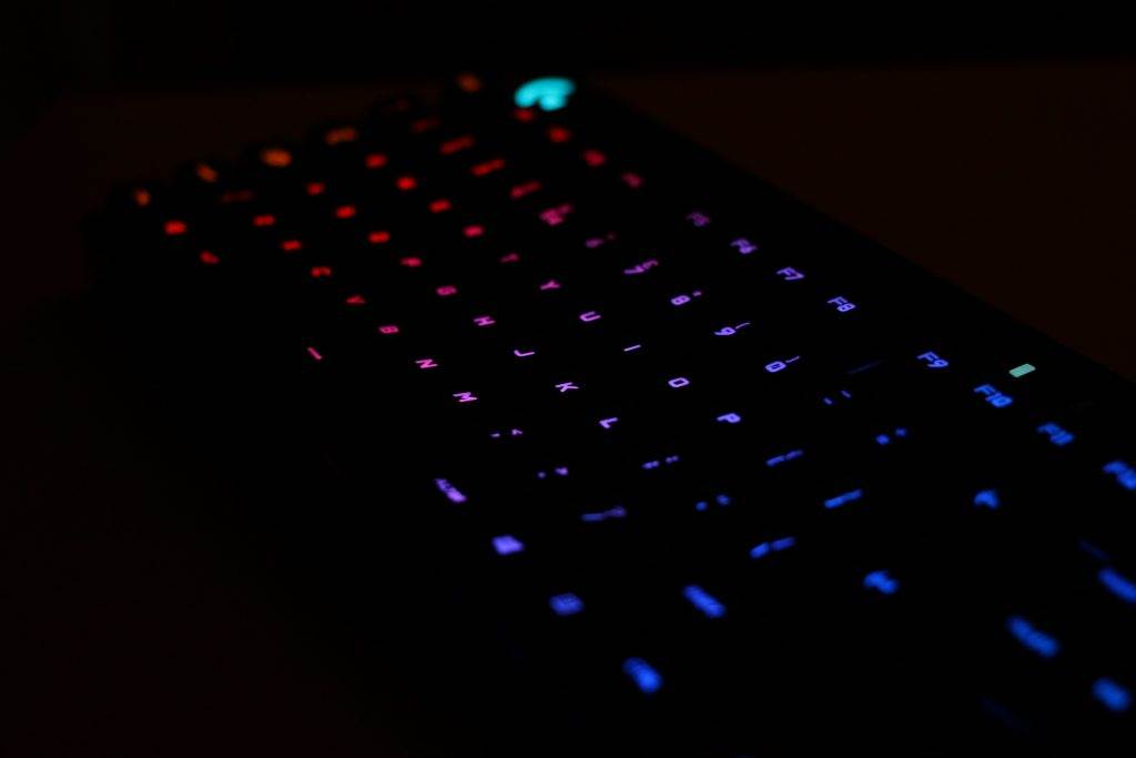 Logitech-G810-Orion-Spectrum-Review-03